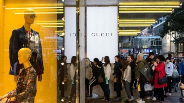 许多海外代购会帮忙购买奢侈品