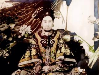 慈禧太后和她统治中国的政治模式