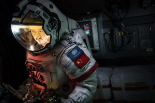 """《流浪地球》:中国电影业加入""""太空竞赛"""""""
