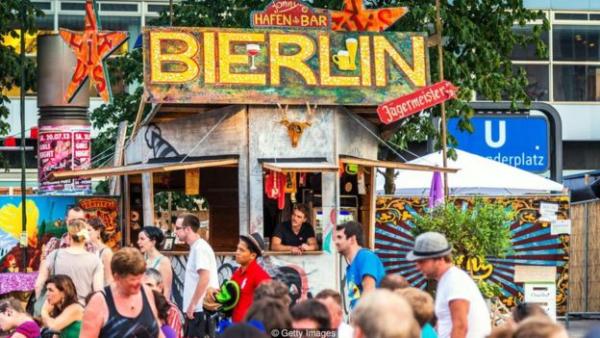 根据德意志银行最近的一份报告,自2009年以来,德国主要城市的房价上涨了80%,房租也在涨
