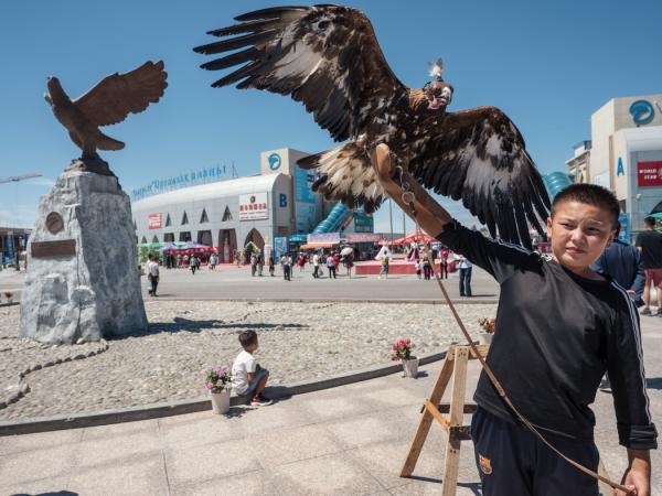 国际边境合作中心的旅游景点。这里是中国和哈萨克边境的一个自由贸易区。
