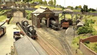 苏格兰铁路达人重现世界最精致的模型铁路