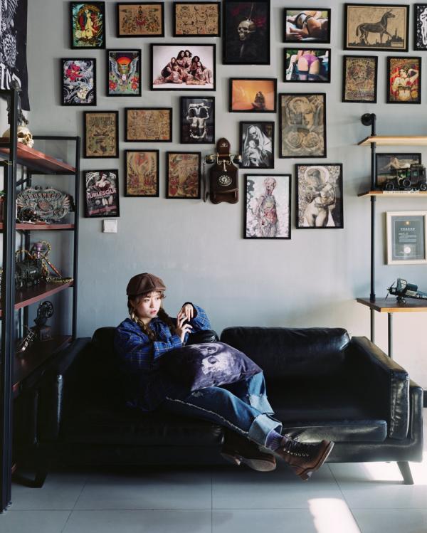 2016年12月,伊春唯一的女性纹身师阿怡。