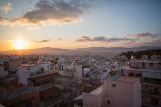 """""""黄金签证""""吸引中国投资者,带动希腊经济复苏"""