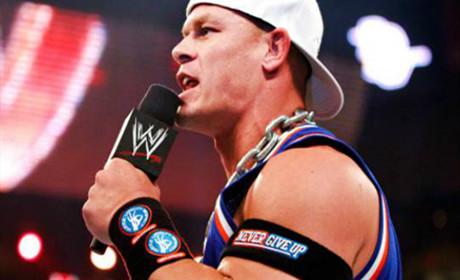 """WWE约翰·塞纳""""匪帮博士""""形象重回荧幕,网友直呼过瘾!"""