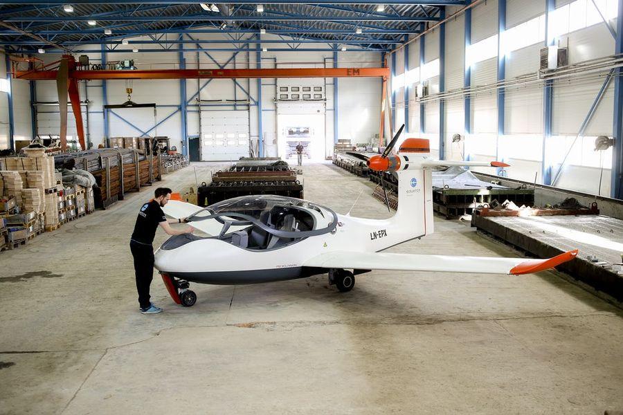 P2 Xcursion电动两栖飞机在挪威完成首轮试飞测试:电池续航10分钟
