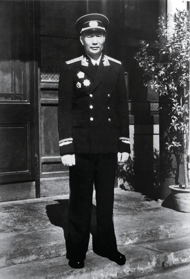 海军首任司令骨灰撒在东海 遗愿称会看到台湾回归
