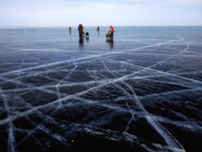 结冰的世界,永远都那么素雅洁白