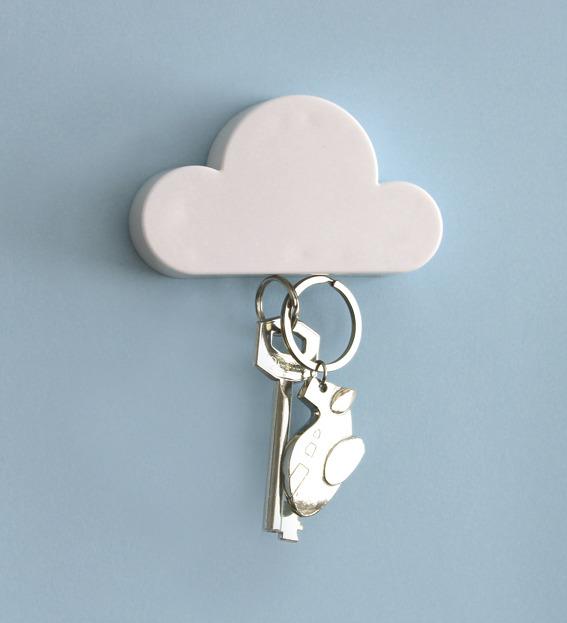 云朵造型钥匙吸