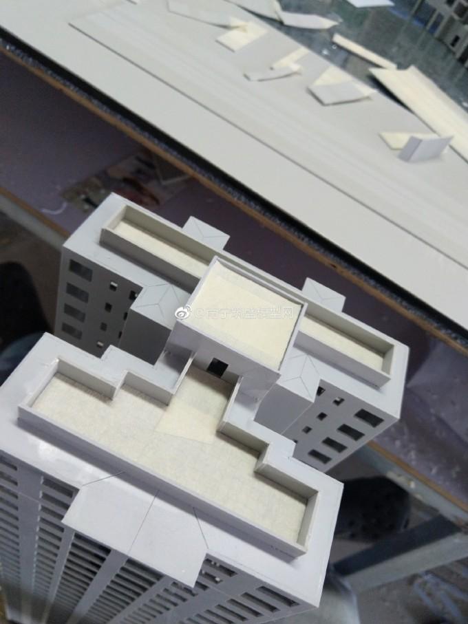 【盛悦】封顶…围女儿墙…打磨外阳台!
