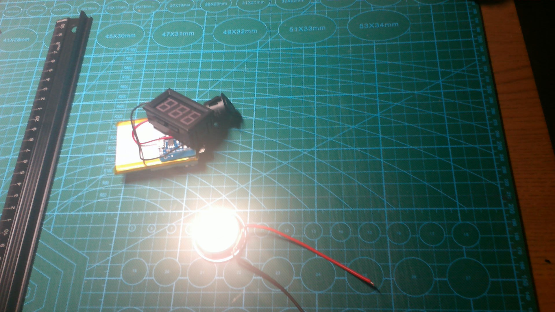 电压表与MP3