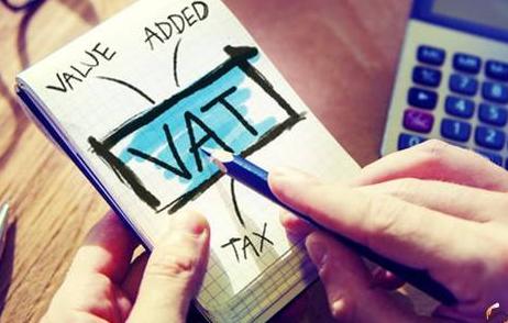 如果本期进项税额大于销项税额,全部认证了,那么《增值税申报表附二》中在本期认证相符且本期申报抵扣一栏填全部认证好的数还是填需要抵扣的数?期末留抵的数在下期需要填到什么地方,怎么做会计处理