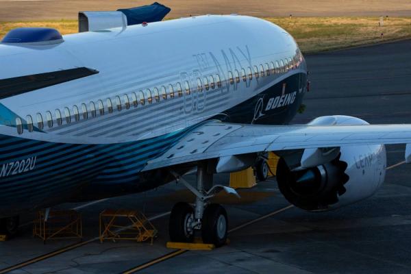 在华盛顿州伦顿市机场的波音737 Max 8飞机。