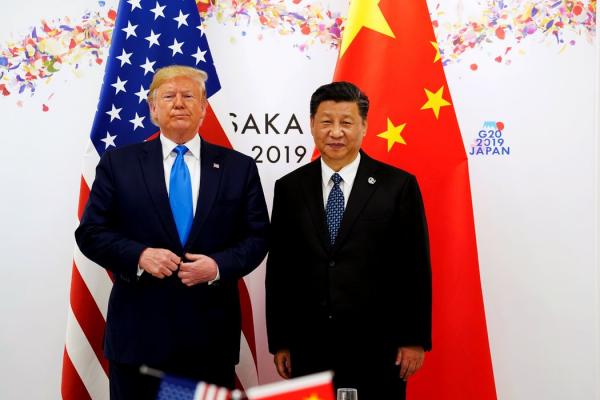 特朗普总统和中国国家主席习近平在G20期间的一场双边会议上。两国政府已重启贸易谈判。