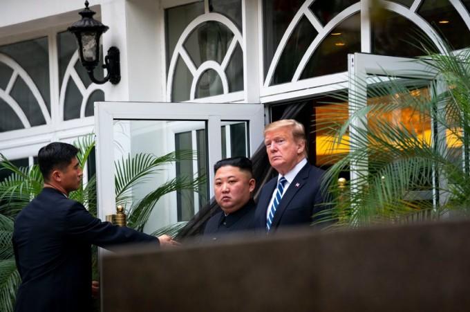 特朗普总统与朝鲜最高领导人金正恩于2月在越南河内会面。