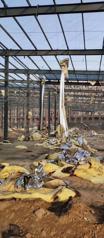 出售钢结构库房一栋宽80米长90米檐高8米